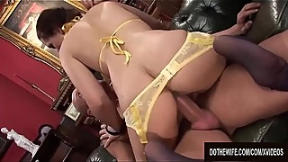 Wife, kar kare to humiliate her cuckold husband and get her pussy plowed