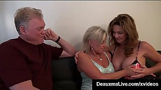 Cougar milf shares a blowjob with a cute blonde payton hall
