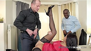 Privateblack his wife daphne klyde anal attack pummeled by big black sex amp_ husband