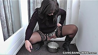 Kinky wife pissed for many unknown