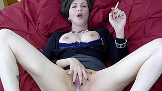 Lick while i smoke-cuck mother-in-law in the ass to wash the cigarette fetish