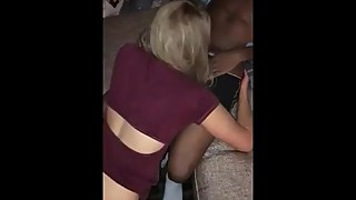 Mature hotwife to hook up with a big black cock